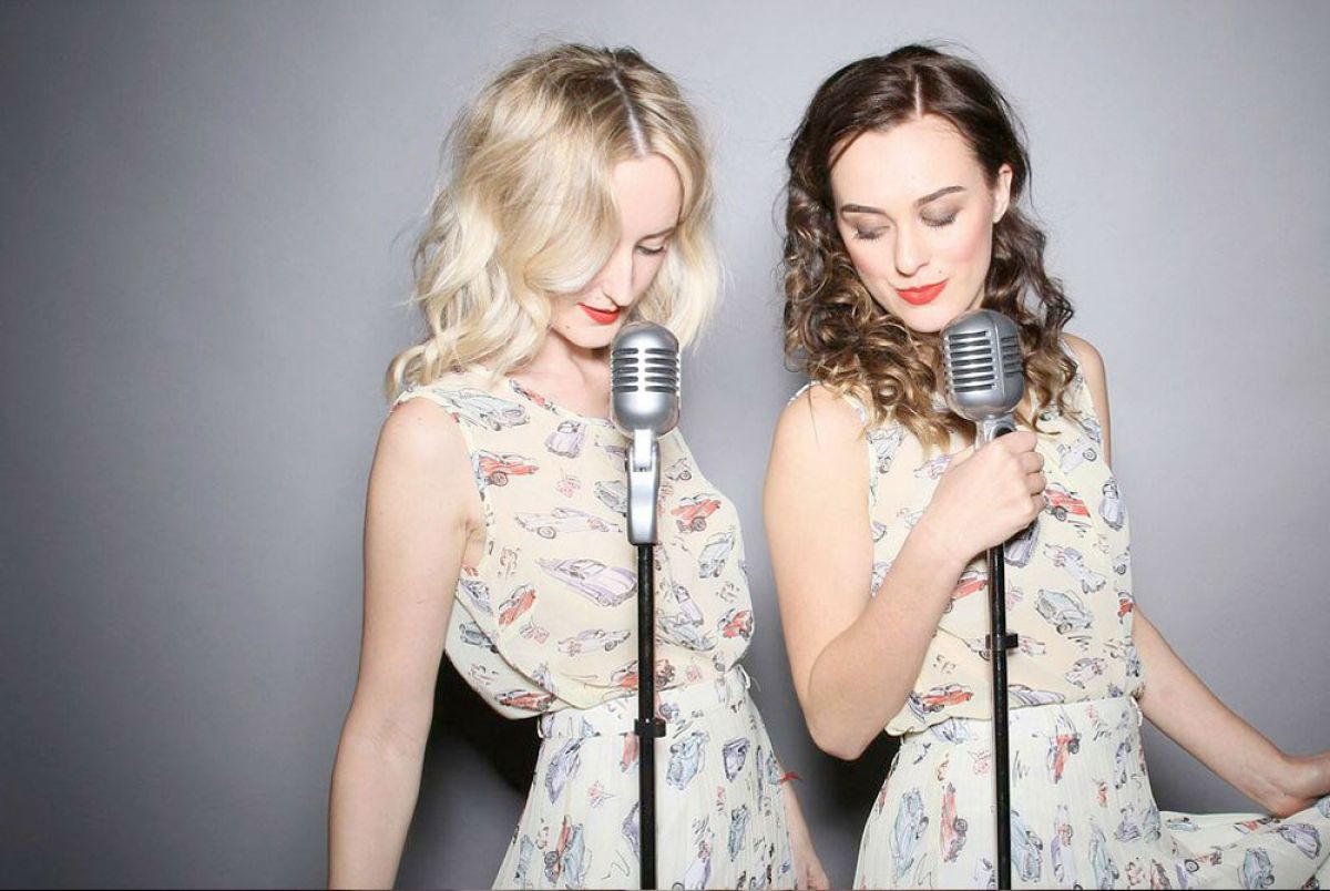 Vintage Singing Duo | Hire a Vintage Band