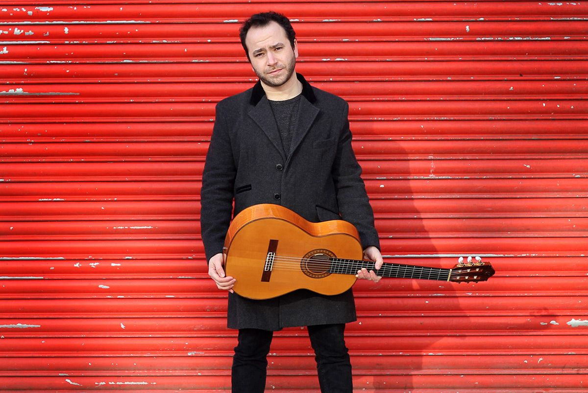 Solo Gypsy Jazz, Classical & Pop Guitarist