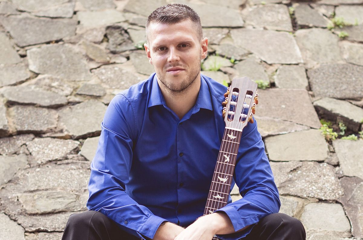 Classical Guitarist in the West Midlands
