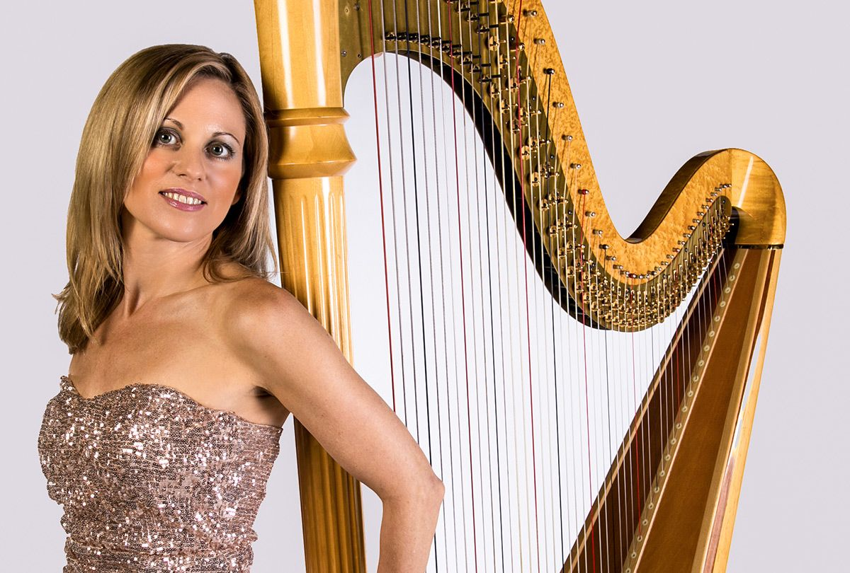 Female Solo Harpist