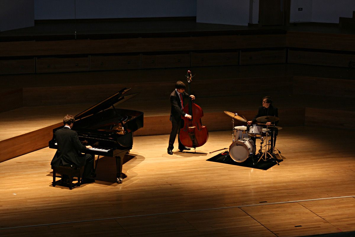 Talented Young Jazz Trio | Jazz Background Music